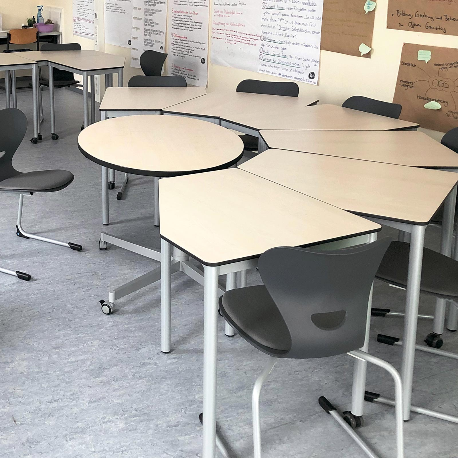 Lehrertisch EWL.1